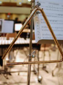 alat musik perkusi triangle