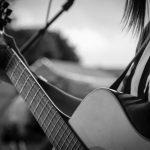 Perbedaan Senar Gitar String dan Nylon